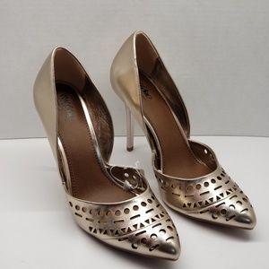 👠Mossimo Nikki Gold Heels Size 10👠